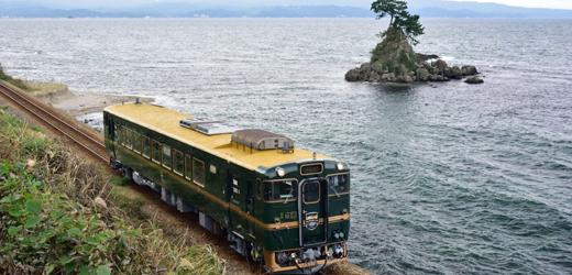 観光列車「ベル・モンターニュ・エ・メール」