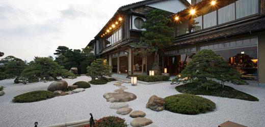 庭園茶寮みな美